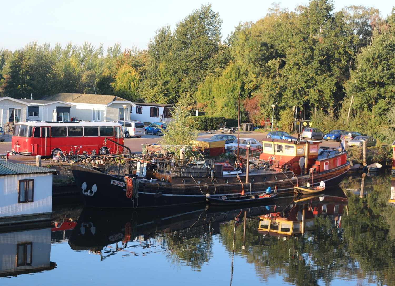 Bussen ved husbåden i Zwolle