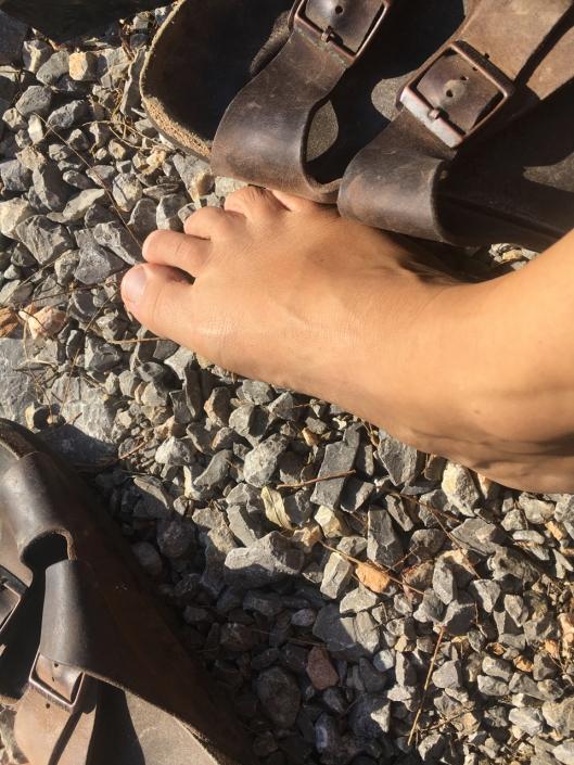 Walking barefoot in November, what a joy