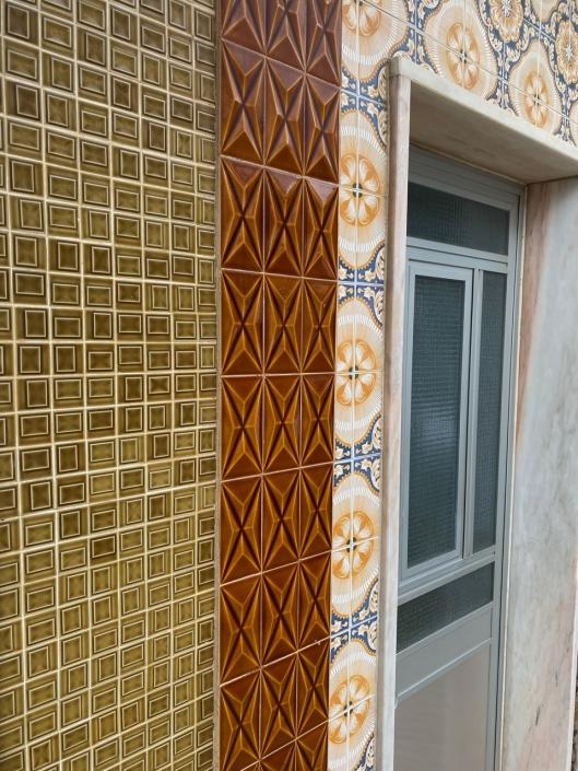 The tiles of Moncarapacho, take 2